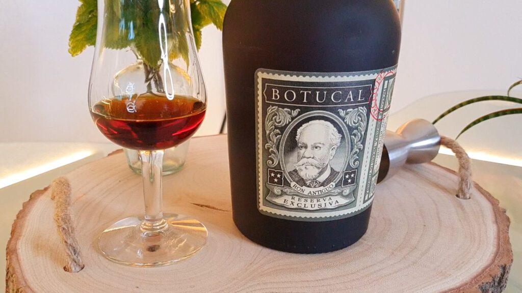 Botucal Reserva Exclusiva Flasche mit Glas
