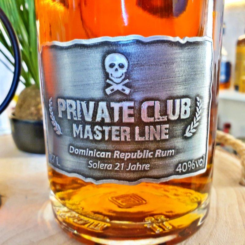 Private Club - Black Work Pirates